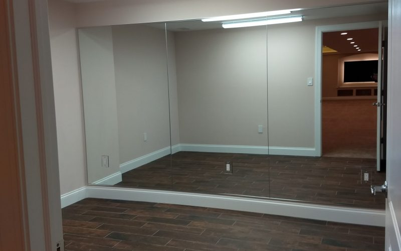 full view of dance room with mirror